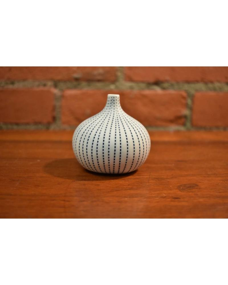 Congo Tiny Small Vase (White)