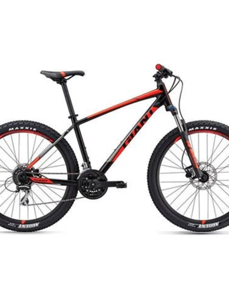 GIANT 18 GIANT talon 3 LG blk/red