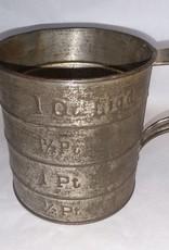1 Quart Tin Measure, 1930's