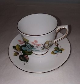 Flower with Leaves Cup & Saucer Elizabethan Fine Bone China England