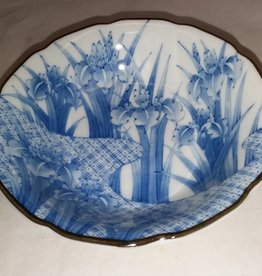 "Blue Willow Bowl with Iris Flowers, 5.25"", 1940's"
