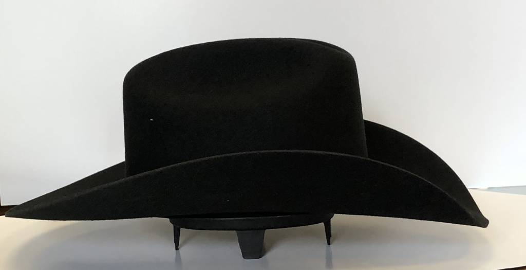M&F Western Plastic  Hat Rest 01031