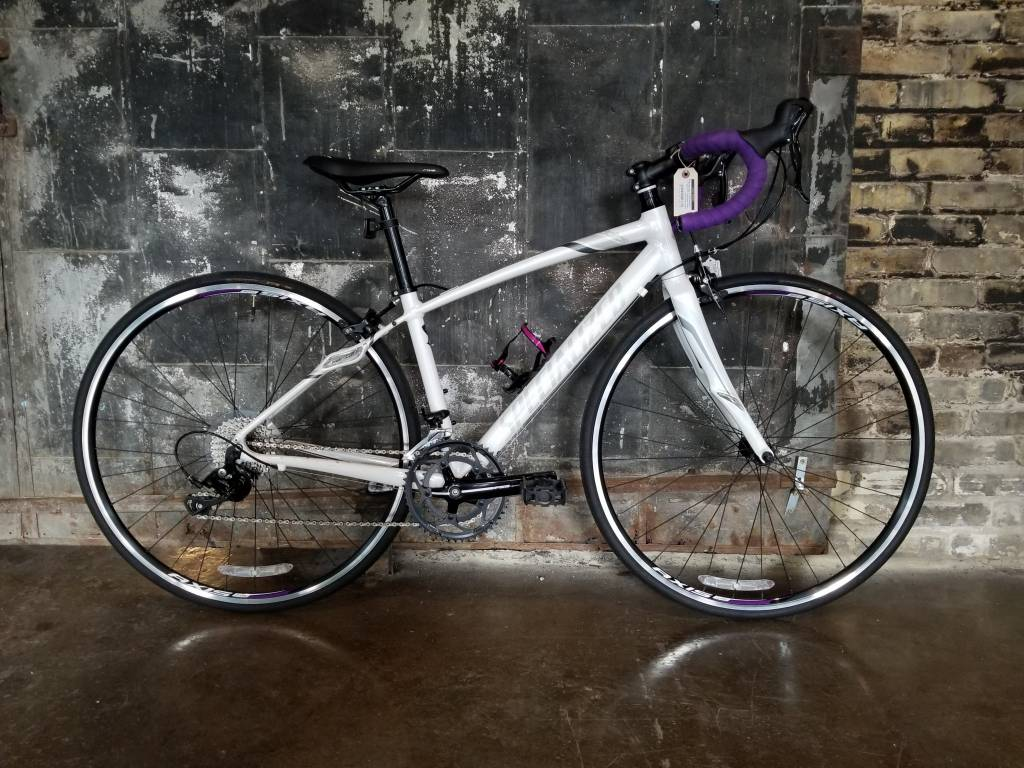 CONSIGNMENT: Specialized Dolce Sport White - 48cm