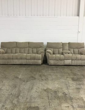 813-31&2823115 S.M. Refueler RCLNR Sofa & Love Set