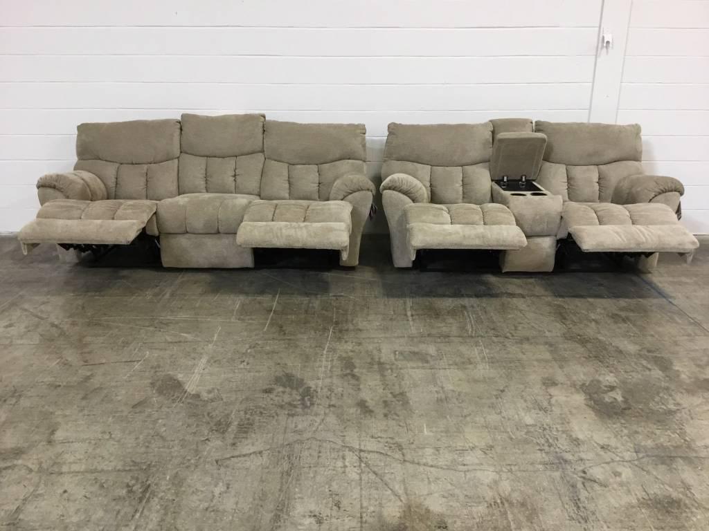 813-31&2823115 S.M. Refueler RCLNR Sofa & Love Set