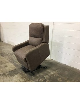 Parker House Furniture CLEARANCE MJOP#812L2CHIDISC Parker House Joplin RCNLR Lift ChairDISC