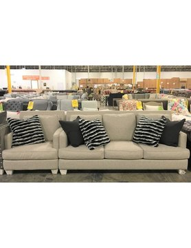 9500Argyle-SOFCHRMateoWheatCLEAR John Michael 2PC Set Sofa/Chair CLEARANCE