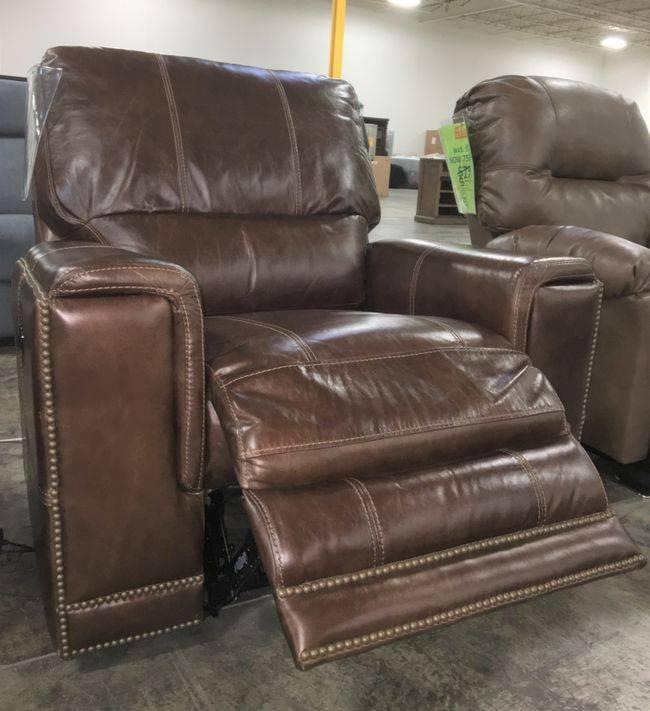 Parker House Furniture MSAL#812PMAPDISC Parkerhouse Salinger PWR RCNLR Chair CLEARANCE