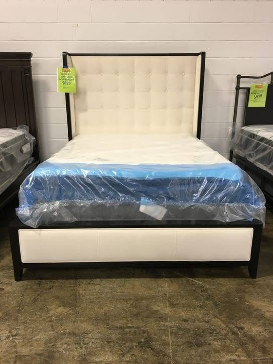 ART Furniture 208145-1815DISC ART Cosmopolitan Upholstered Queen Bed