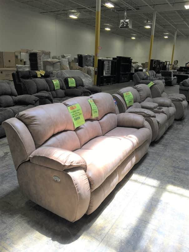 705-61P17316DISC Southern Motion Cagney PWR RCNLR & HR Sofa