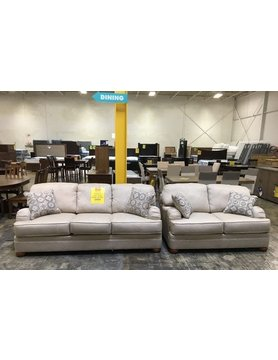 5500SF&LV-FABDISC Hughes Lifeline STNRY Sofa & Loveseat 2PC Set