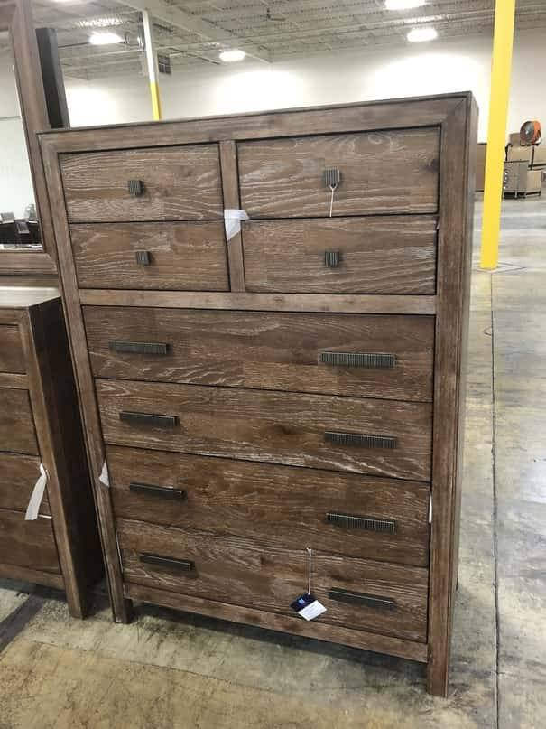 Flexsteel/Wynwood W1048-872 FLexsteel/Wynwood Hampton 8 Drawer Chest
