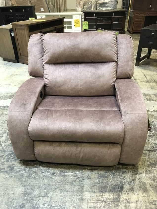 550-00P10217DISCFAB Southern Motion Maverick PWR RCNLR Chair