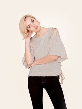KINLY COLD SHOULDER PULLOVER