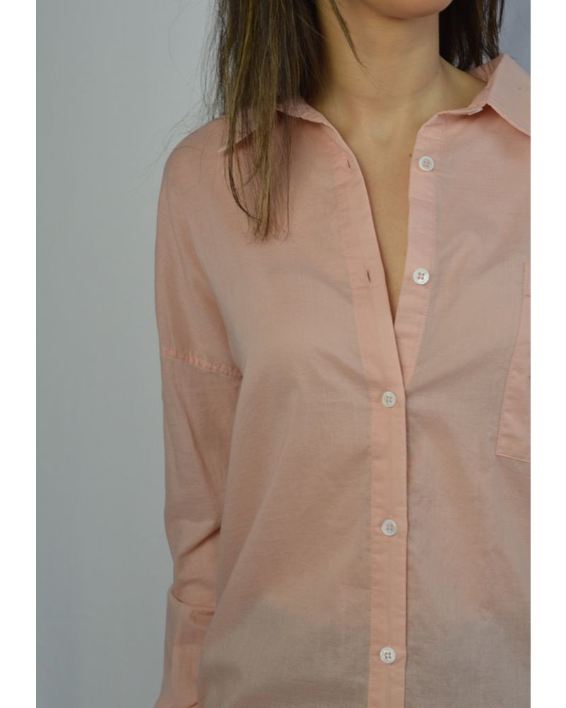 LINE PIERRE BUTTON DOWN