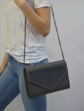 "LILI RADU CHAIN CLUTCH ""V"" GREY MIDNIGHT BLUE"