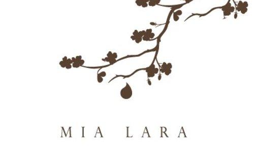 MIA LARA