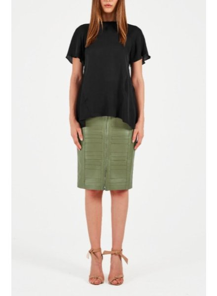 REBECCA VALLANCE LILLY SHORT SLEEVE TOP IN BLACK