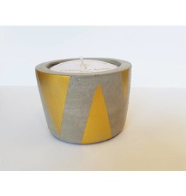 MACBAILEY CANDLE CO. Oakmoss & Amber-8oz