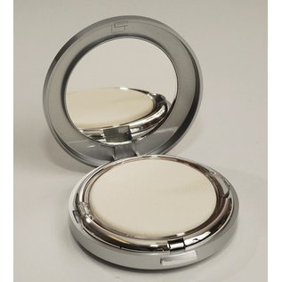Foundation Creamy Ivory Powder Foundation