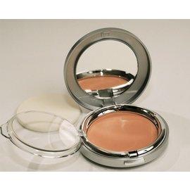 Creamy Tan Powder Foundation