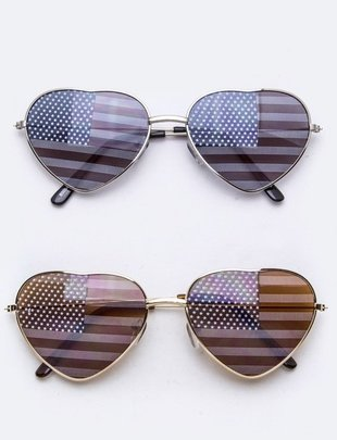 Fashiongo 4th of July Heart Sunnies -