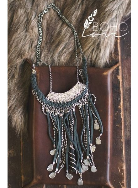 Drop Tassel & Pendant Necklace