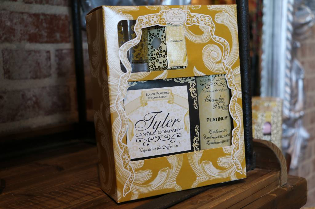 Tyler Candle Platinum Glamorous Gift Suite II