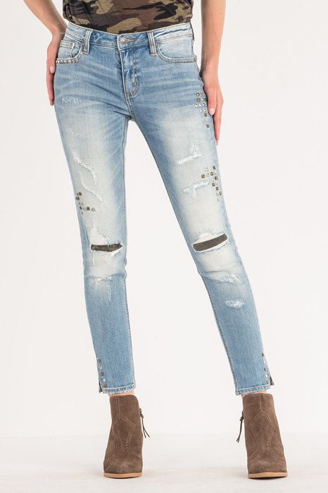 Mid-Rise Light Wash Studded Skinny Miss Me Skinny -