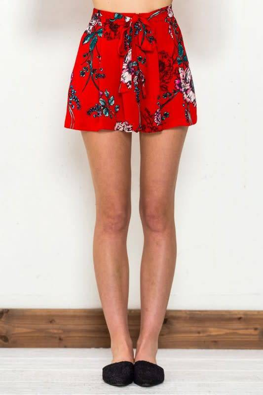 PLEATED FLORAL FLOWY SHORTS