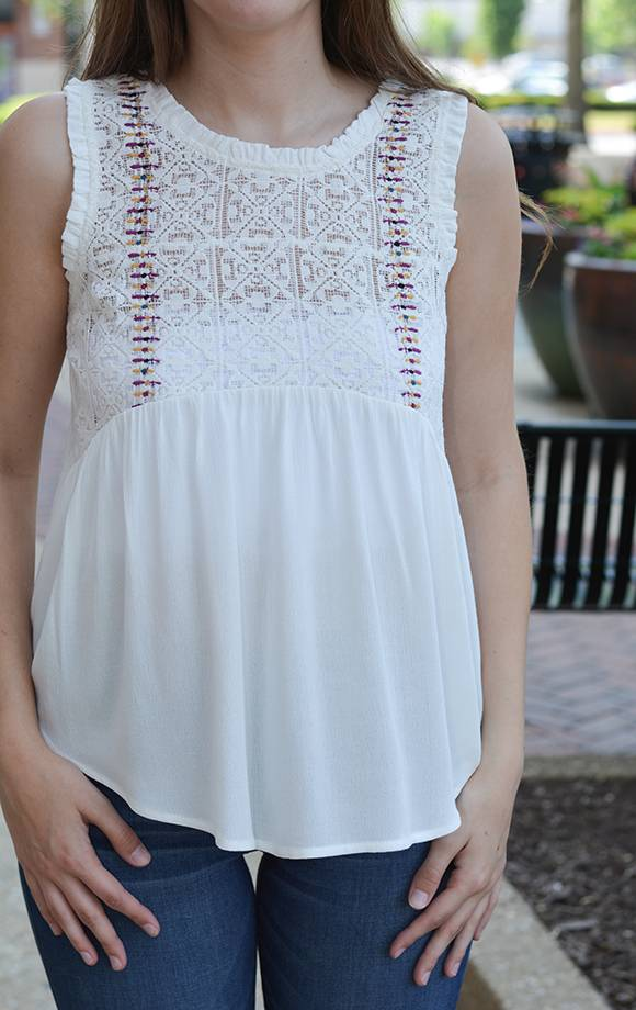 Embroiderd Sheer Lace Tank Top