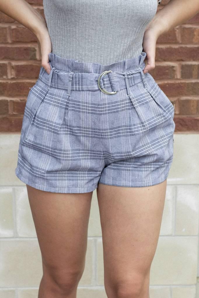 Estrella Plaid Paperbag Shorts W/Circle Belt