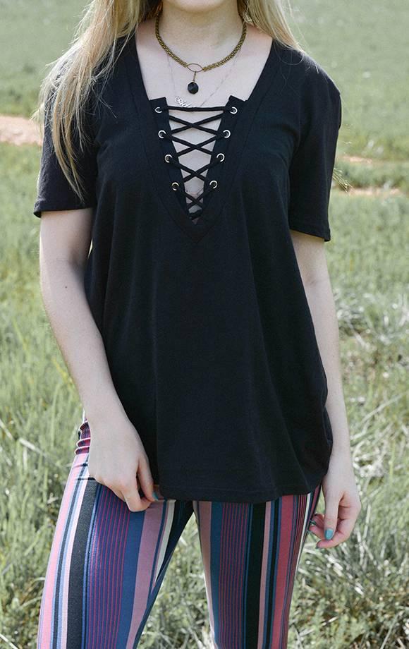 Janice S/S Lace Up Neck Knit Top