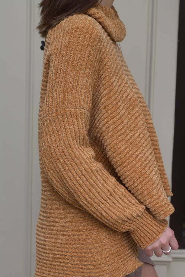 Wren Turtleneck Hi Low Oversized Sweater