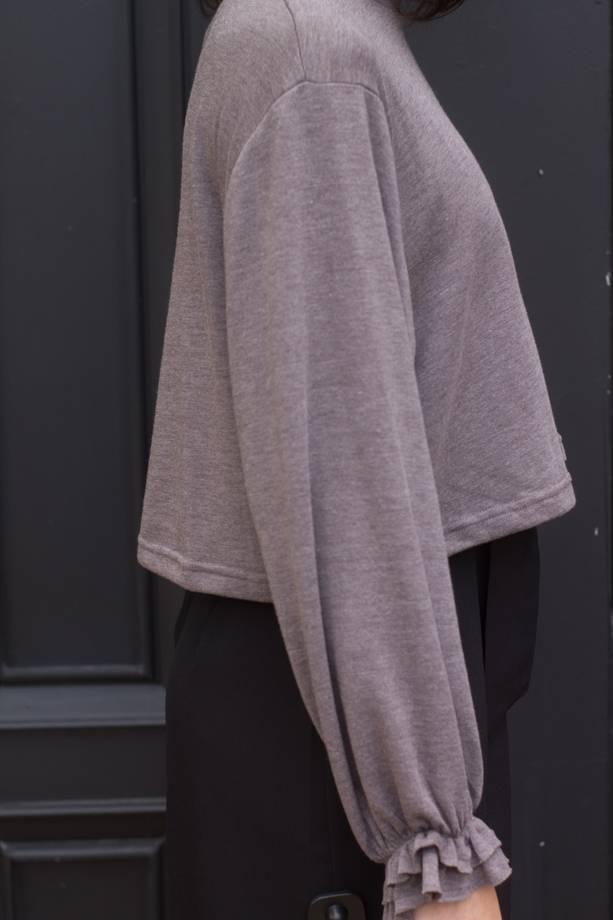 Isla L/S Ruffle Det Cropped Knit Top