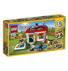 LEGO Creator LEGO Modular Poolside Holiday