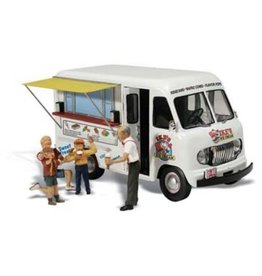 Woodland Scenics Ike's Ice Cream Truck - Assembled - AutoScenes(R)