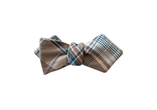 Pocket Square Clothing The Southern Gent Bow Tie