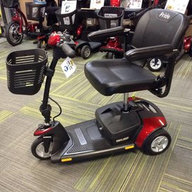 Pride Mobility SC40E Pride Go Go Elite Traveler 3 Wheel Scooter