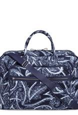 VERA BRADLEY 22118 Iconic Grand Weekender Travel Bag