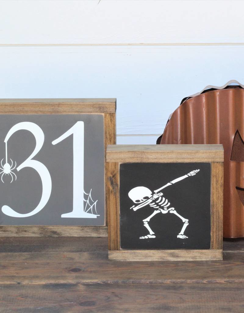 "Halloween ""31"" Sign"