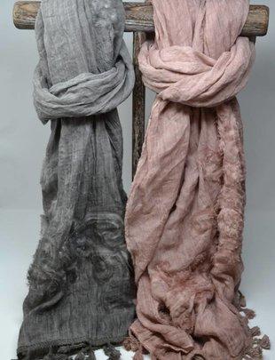 Textured Tassel Scarf (2 Colors)