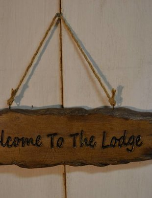 Welcome to the Lodge Log Plaque