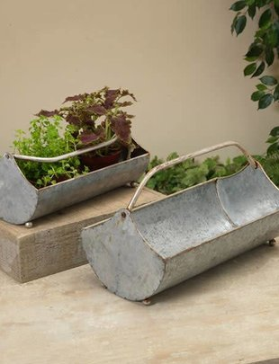 Metal Planter w/ Handle (2 Sizes)
