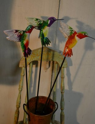 Colorful Hummingbird Stake (3 Styles)