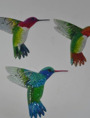 Small Colorful Metal Hummingbird (3 Styles)