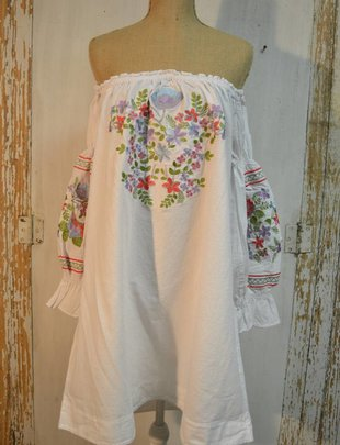 Embroidered Pastel Floral Tunic