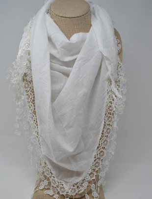 White Triangular Lace Scarf