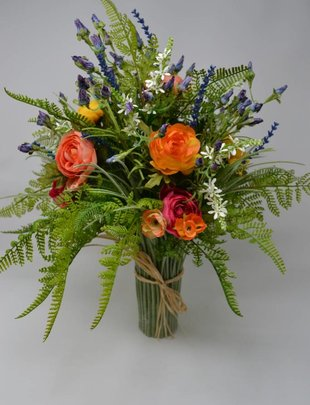 Ranunculus Bundle Custom Grass Vase