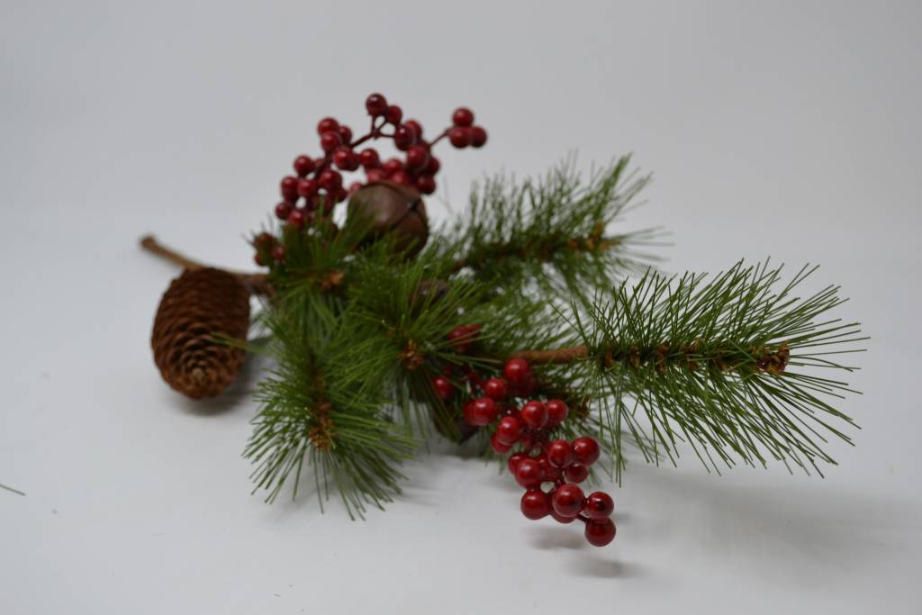 Christmas Cabin Bell Pick